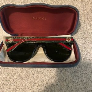 GUCCI GG0034S sunglasses. Womens